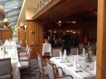 gedeckte Tafel im Restaurant Heinrichs